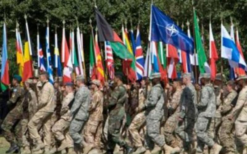 Няма кой да ни защити, ако Русия ни нападне