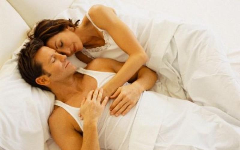 Парламентът приравни съжителстващите без брак към семействата