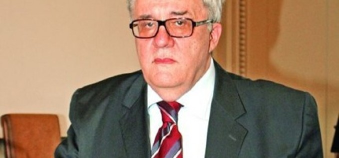 Сръбски академик №1: Да пуснем Косово