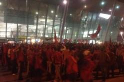 Нападнаха с камъни сръбските национали в Тирана