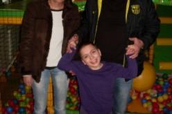 Футболисти ритат в подкрепа на малката Алекс