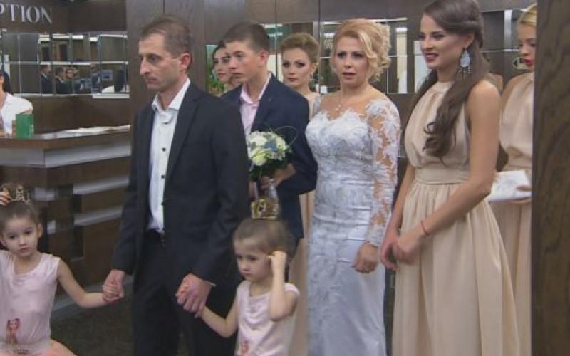 Гибона се ожени за гимнастичка