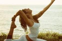 Йога в  Деня на смеха