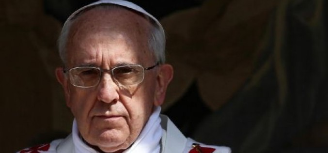 Папата провъзгласи още двама светци