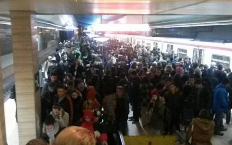 Кошмар! Софийското метро спря в час пик