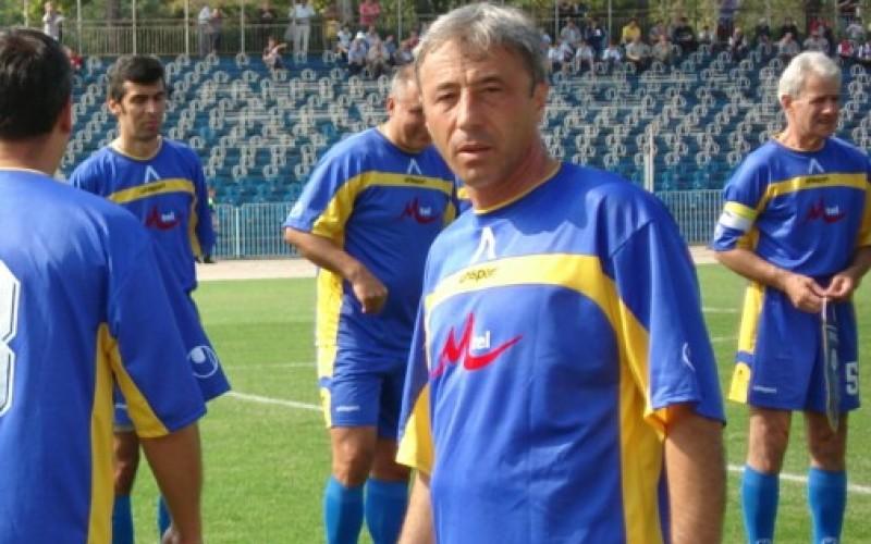 Краси Гачев се завърна в Подгумер, води цял отбор