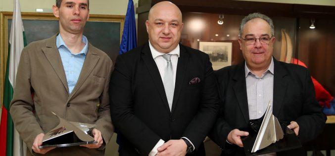 "Петела и Оги Георгиев взеха приза за журналистика ""Люпи и Мичмана"""