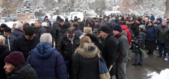 Футболна България се прости и с Меци Веселинов