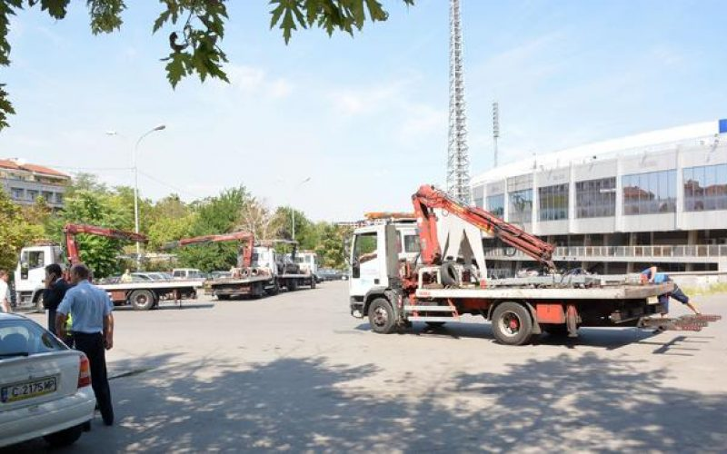Махат и последната безплатна зона за паркиране – до Националния стадион