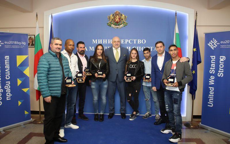 Кралев награди боксьорите-медалисти от Евро 2018