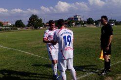 Легенда на Доброславци спря с футбола, изпратиха го с почести (СНИМКИ)