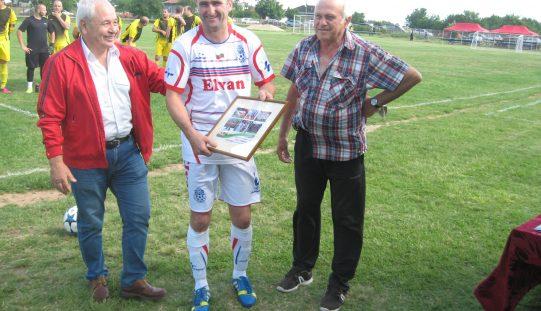Георги Георгиев: Да играя срещу Стоичков и Бербатов беше нещо велико!