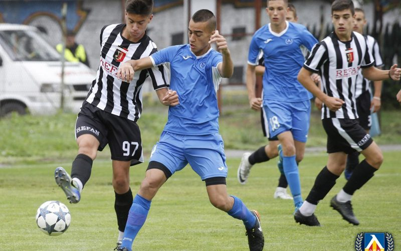Вечно дерби при децата! Левски и ЦСКА-София стигнаха финал (ВИДЕО)