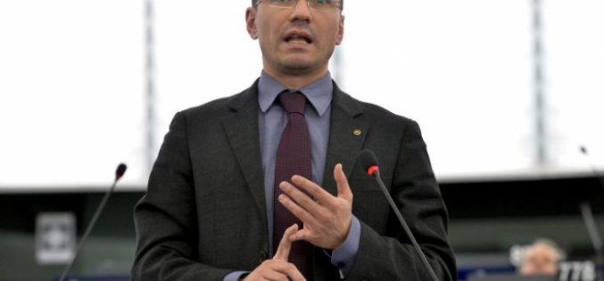 Джамбазки: Геополитическа задача №1 на България е приемането на Македония в ЕС