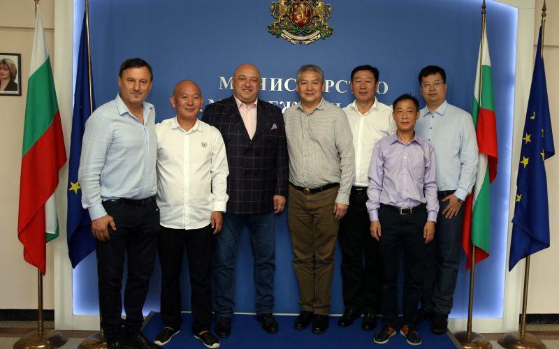 Кралев се срещна с китайски спортни функционери