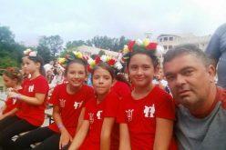 Малките танцьори от Елин Пелин с отлично представяне на фестивала в Китен