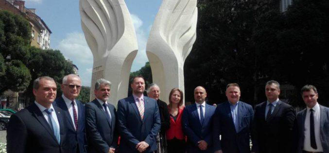 Поклон пред героите от Илинденско-Преображенското въстание (СНИМКИ)