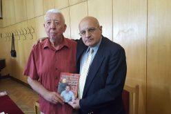 """На пазара вече е """"Човекът, който караше влака в Локомотив (Сф)"""", книгата за Йордан Събков"""