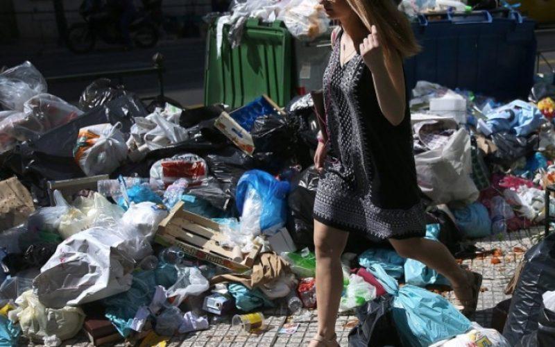 Ето как в Лесново изхвърлят незаконно отпадъци (ВИДЕО)