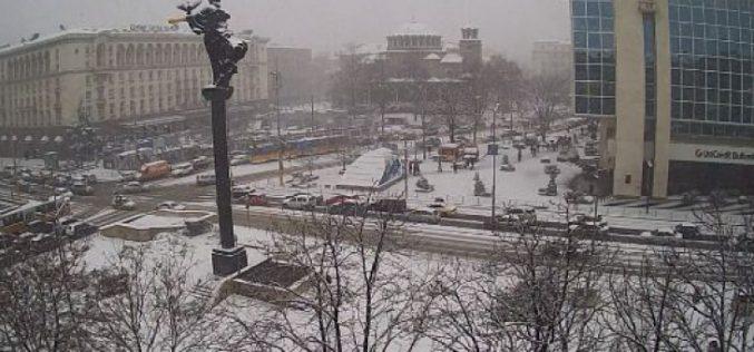 179 снегопочистващи машини са били на терен тази нощ