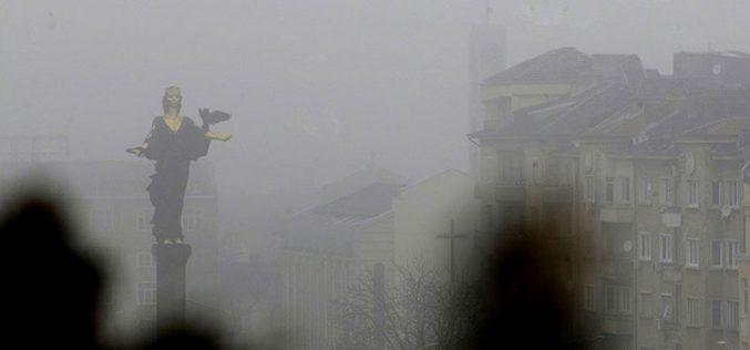Фините прахови частици остават много над нормата в София и други градове
