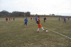 Левски и Вихър стигнаха полуфинали на турнира в Подгумер (СНИМКИ)