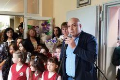 Ваня Кастрева поздрави децата от 15 СУ (СНИМКИ)