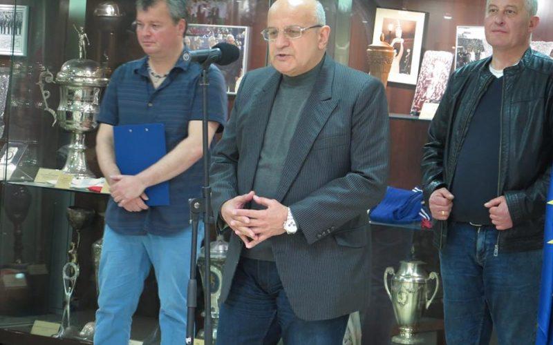 Футболната слава на България изгря в книга, представена в Музея на спорта