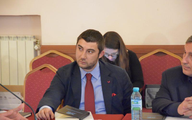 """Карлос Контрера, кандидат от ВМРО за евродепутат: По-малко и по-прости правила при регулациите, либерализиране на директивата за оръжията, връщане на """"смъртното наказание"""""""