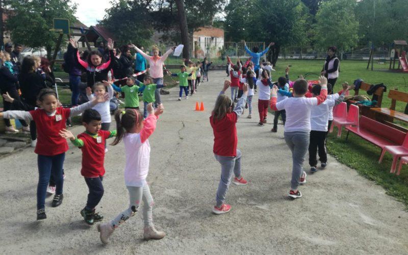 Детски спортен празник зарадва с. Лесново (СНИМКИ)