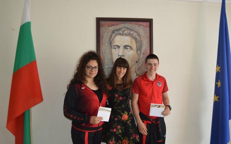 Таня Георгиева награди шампиони от Локомотив (СНИМКИ)