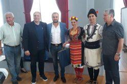Танцьори и музиканти от Елин Пелин впечатлиха в Куманово