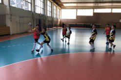 Ентусиасти възродиха хандбала в Кремиковци, над 50 деца тренират в Спортист (СНИМКИ)