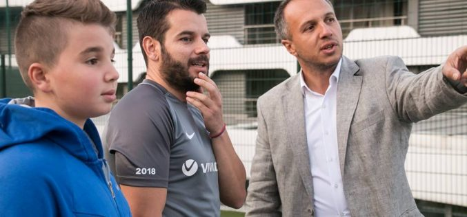 Бивш журналист изпрати 10 препоръки на спортния министър