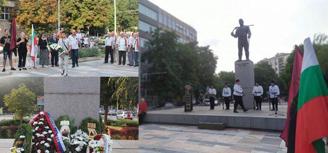 Патриотите от ВМРО и НФСБ даряват пари за паметници