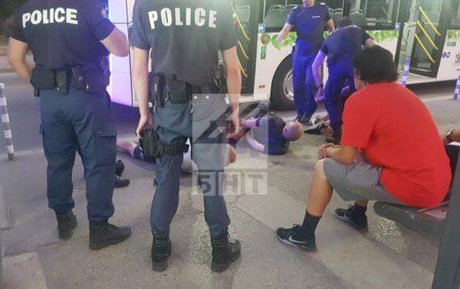 Арестуваха футболни хулигани за безредици в София (СНИМКИ)