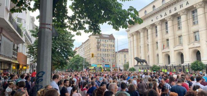 София блокирана и утре – този път заради протести