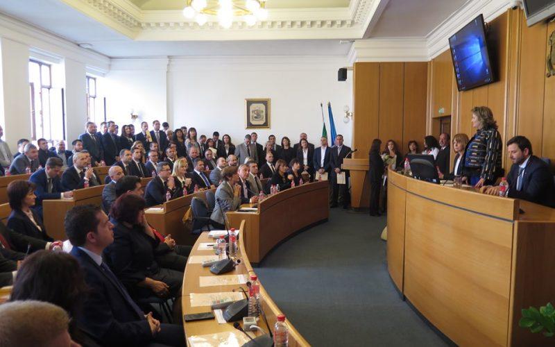 Новите общински съветници на София и кметовете положиха клетва (СНИМКИ)