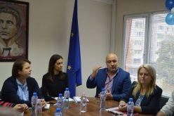 """Кметът на """"Надежда"""" се срещна с директори на детски градини, инициира предложение до МОН и МЗ"""