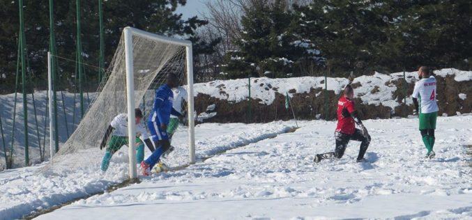 Футболът през уикенда: Римейк в Подгумер, финал в Требич