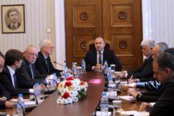 Румен Радев: Необходим е комплекс от мерки в подкрепа на българската икономика