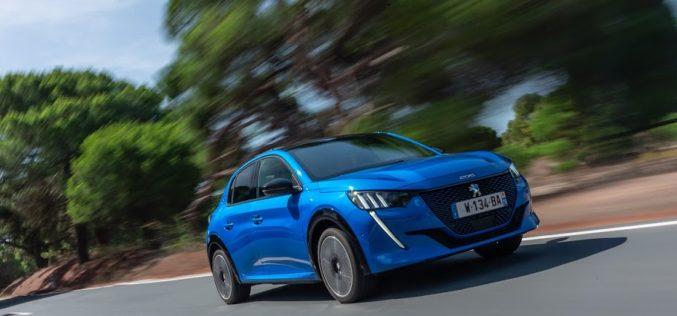 Peugeot 208 е европейският автомобил на 2020 година