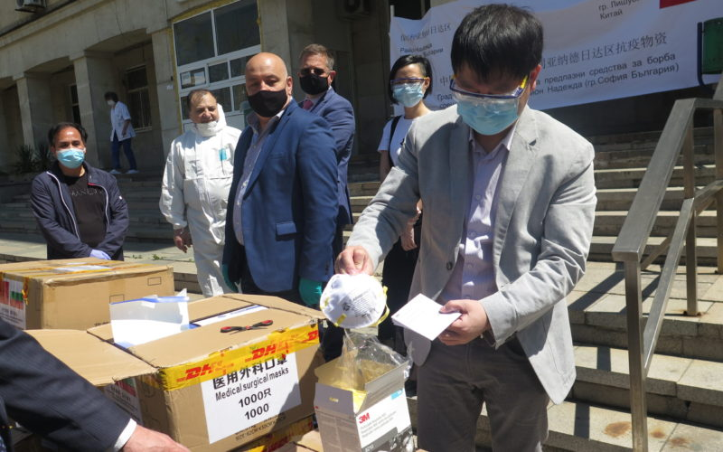 """Инж. Димитър Димов: Жителите на """"Надежда"""" са дисциплинирани и спазват мерките за безопасност, благодаря и на доброволците! (СНИМКИ)"""