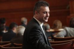 Депутатите от ВМРО си намаляват заплатите с 50%