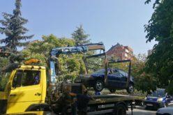 """Столичният инспекторат започна премахването на стари коли в """"Надежда"""""""