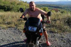 Джони Талисмана вари ракия и купонясва на поразия! Върна се прероден в София след визитата при семейство Галеви (СНИМКИ)
