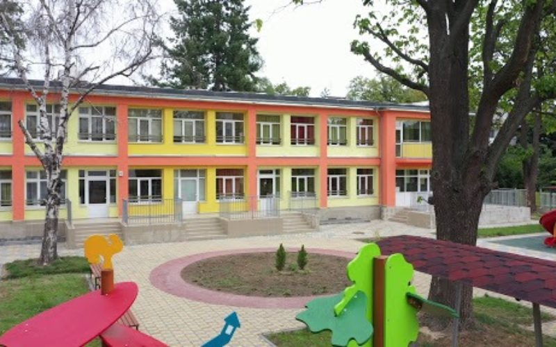 """Детските градини в """"Надежда"""" продължават работа при спазване на всички противоепидемични мерки"""