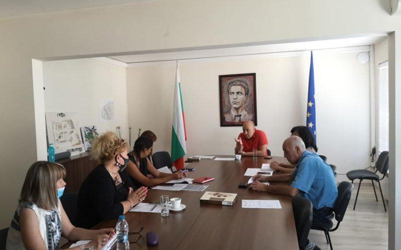 """Инж. Димов проведе работна среща с директорите на детски градини в """"Надежда"""""""