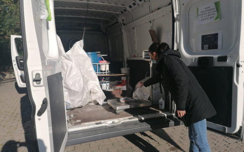 """Жителите на район """"Надежда"""" предадоха опасни отпадъци"""