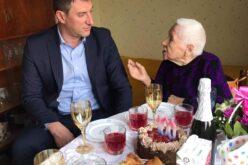 """Инж. Кръстев уважи празника на 100-годишната Антигона от """"Сердика"""""""